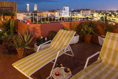 Atticwith a huge terrace and tourist license